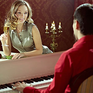 romantisches Klavierspiel