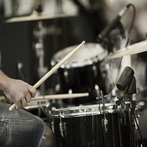 Schlagzeug lernen spielen